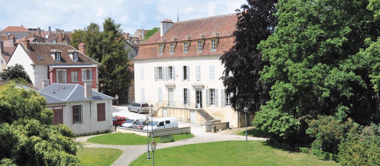 La Maison des Randonneurs, gîte sur la voie de Vezelay vers Compostelle, image 1
